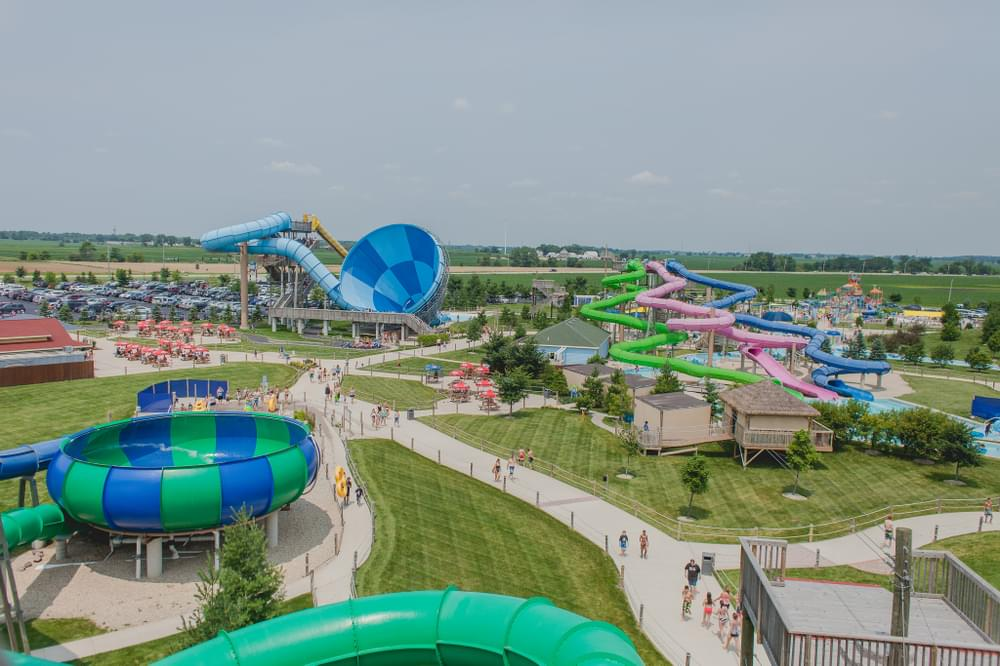 Raging Waves Waterpark, IL